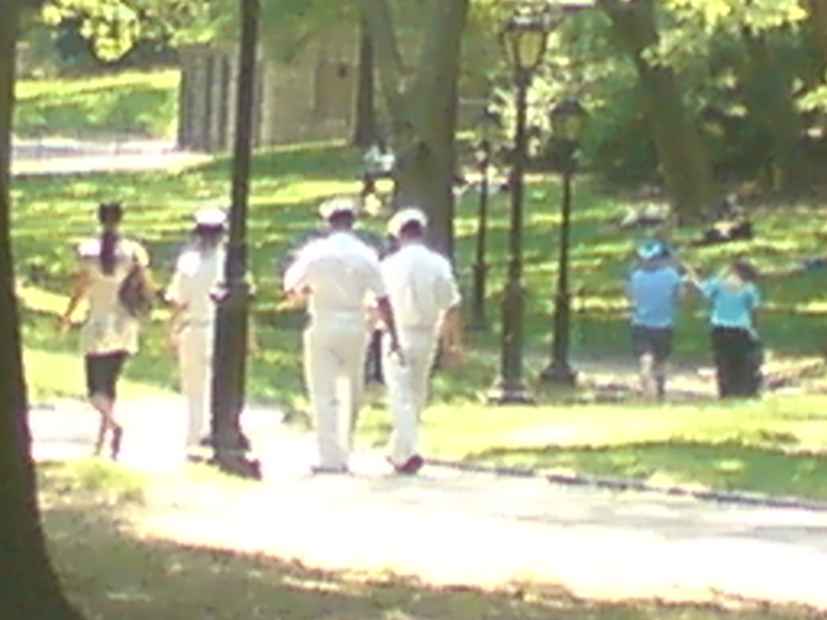 fleet week matrosen im central park